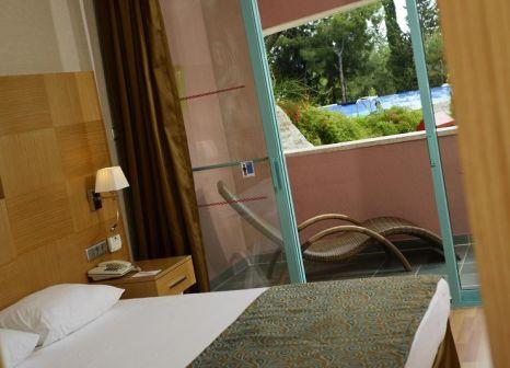 Hotelzimmer mit Yoga im Liberty Hotels Lykia
