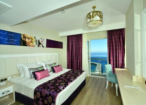 Hotelzimmer mit Tischtennis im Azura Deluxe Resort & Spa Hotel