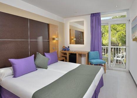 Hotelzimmer mit Tischtennis im Isla de Cabrera Hotel