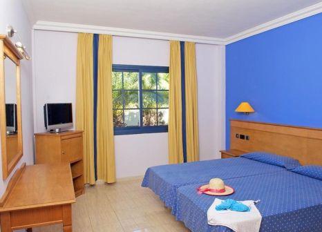 Hotelzimmer mit Mountainbike im Rubimar Suite