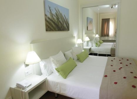 Hotelzimmer mit Volleyball im Apartamentos Monte Feliz