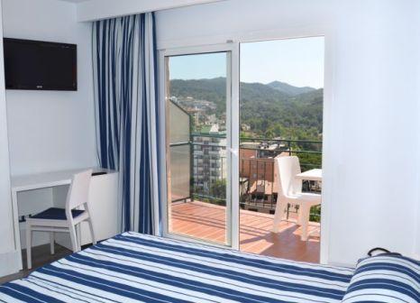 Hotelzimmer mit Mountainbike im ALEGRIA Sun Village