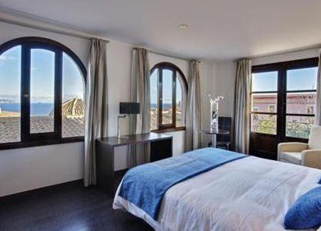 Hotelzimmer mit Minigolf im Pueblo Acantilado Suites