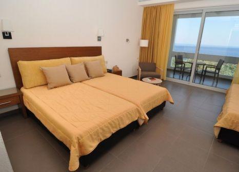 Hotelzimmer mit Tischtennis im Aeolis Thassos Palace