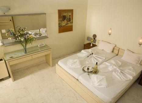 Hotelzimmer mit Paddeln im Hotel Haris