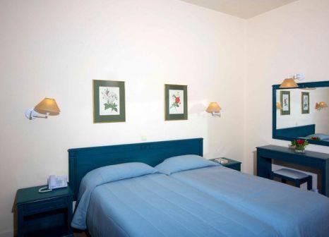 Hotelzimmer mit Yoga im Delfinia Hotels Corfu