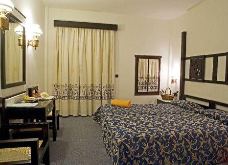 Hotelzimmer mit Mountainbike im Club Calimera Simantro Beach