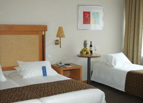 Hotelzimmer mit Mountainbike im Athens Zafolia Hotel