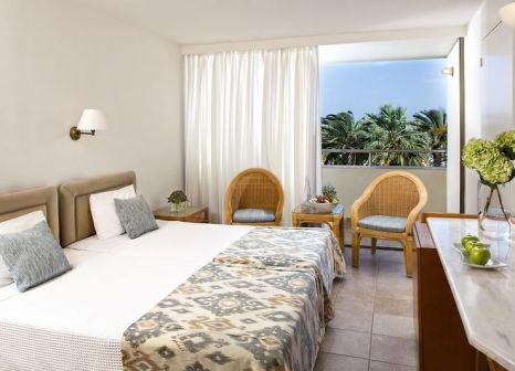 Hotelzimmer mit Yoga im Agapi Beach Resort