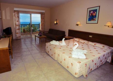 Hotelzimmer im Akteon Holiday Village günstig bei weg.de