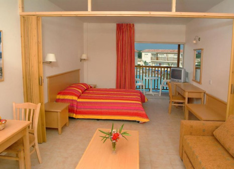 Hotelzimmer mit Tennis im Tsokkos Paradise Village