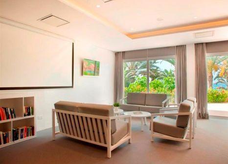 Hotelzimmer mit Yoga im Alion Beach Hotel