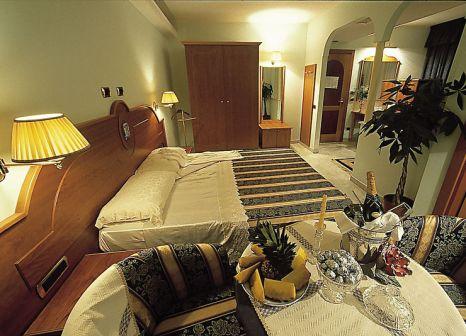 Hotelzimmer mit Tischtennis im Hotel Ambassador