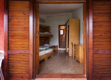 Hotelzimmer mit Volleyball im Centro Vacanze Isuledda