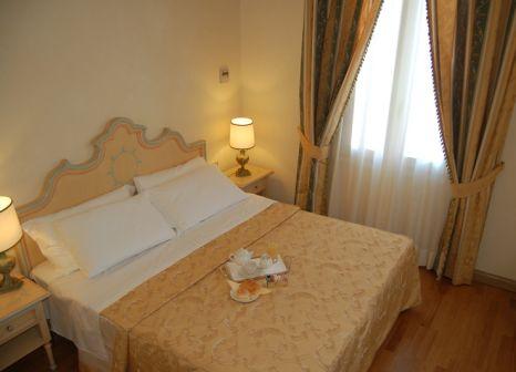 Hotelzimmer mit Tennis im Villa Laguna