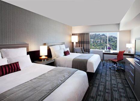 Hotelzimmer mit Animationsprogramm im Loews Hollywood Hotel