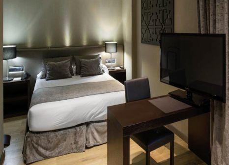 Hotelzimmer mit Pool im Catalonia Avinyo