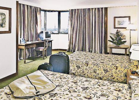 Hotelzimmer mit Mountainbike im Real Parque
