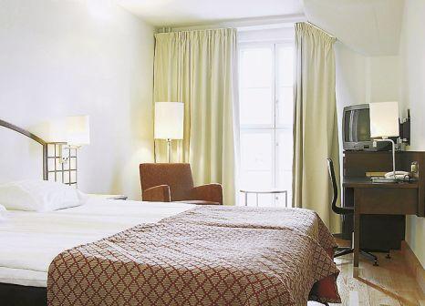 Hotelzimmer mit Tennis im Scandic Grand Marina
