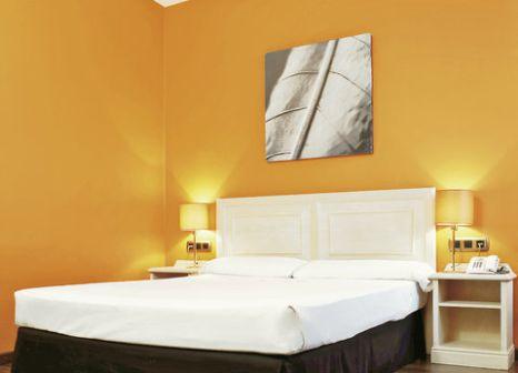 Hotelzimmer mit Clubs im Hotel ILUNION Bel Art