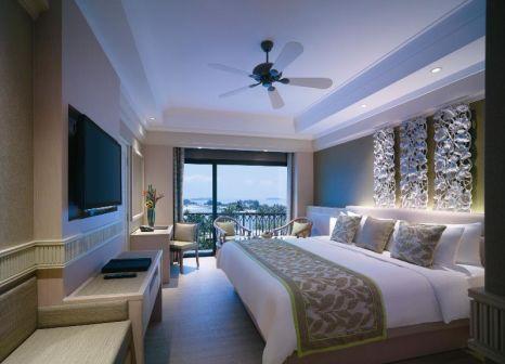 Hotelzimmer mit Mountainbike im Shangri-La's Rasa Sentosa Resort