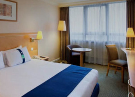 Hotelzimmer mit Tennis im Holiday Inn London - Kensington Forum