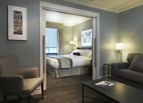 Hotelzimmer mit Hochstuhl im St. Regis