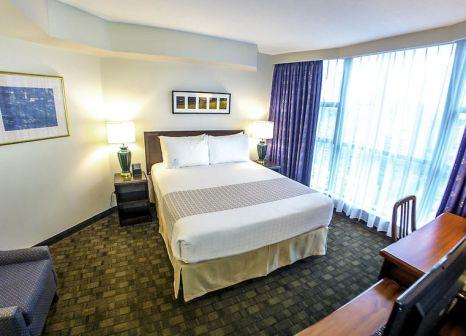 Hotelzimmer mit Hallenbad im Rosedale on Robson Suite