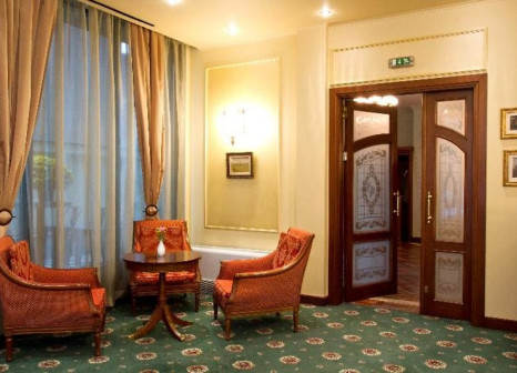 Hotelzimmer mit Massage im Crystal Palace
