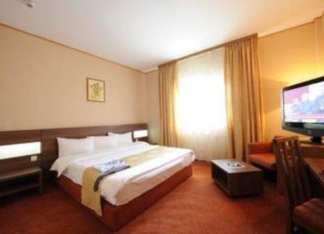 Hotelzimmer mit Spielplatz im RIN Airport Hotel