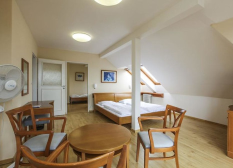 Hotelzimmer im Hotel Orion günstig bei weg.de