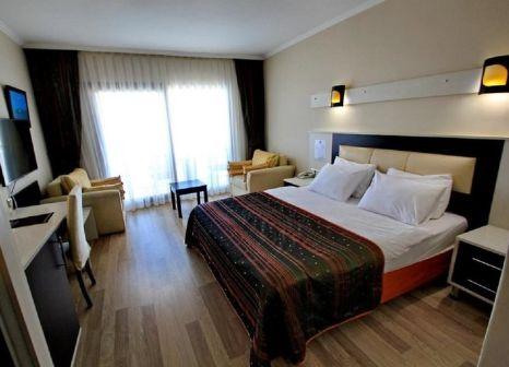 Hotelzimmer mit Tischtennis im L'Ambiance Royal Palace