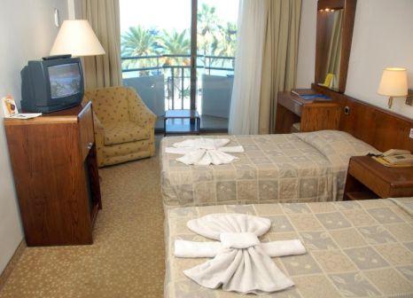 Hotelzimmer mit Tischtennis im Derici