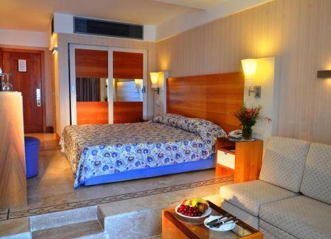 Hotelzimmer mit Volleyball im Liberty Hotels Lykia
