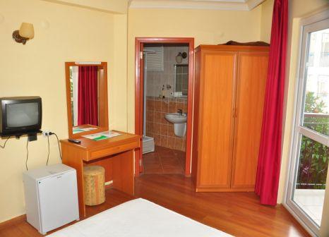 Hotelzimmer mit Tischtennis im Cinar Family Suite Hotel