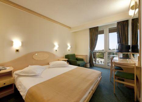 Hotelzimmer mit Minigolf im Hotel Istra Plava Laguna