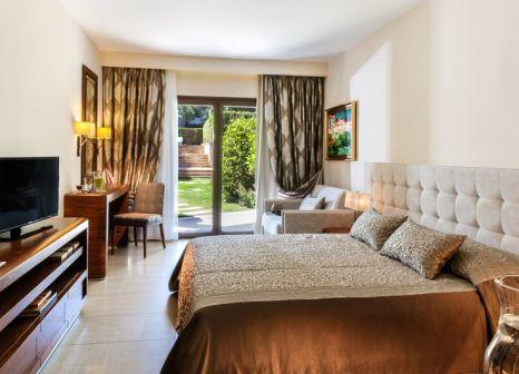 Hotelzimmer mit Volleyball im Pomegranate Wellness Spa Hotel