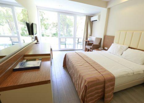 Hotelzimmer mit Mountainbike im Balcova Thermal Otel