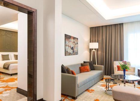 Hotelzimmer mit Fitness im Radisson Blu Hotel Ajman