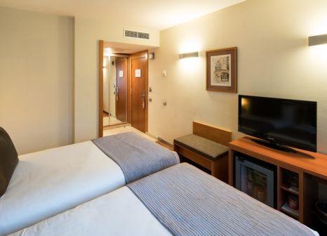 Hotelzimmer mit Clubs im Catalonia La Pedrera