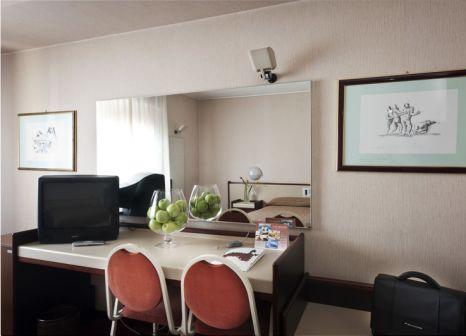 Hotelzimmer mit Sandstrand im Astoria Palace