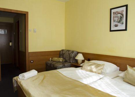 Hotelzimmer mit Tennis im Pula