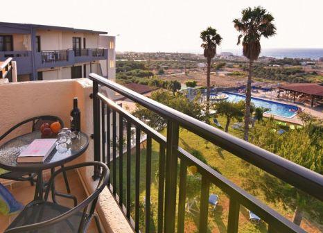 Hotelzimmer mit Tennis im Ocean Heights View Hotel