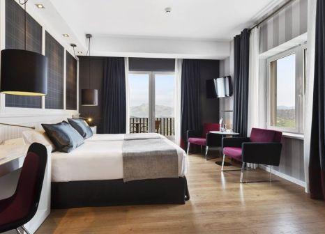 Hotelzimmer mit Mountainbike im Catalonia Reina Victoria