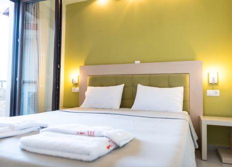 Hotelzimmer mit Sandstrand im Stamos
