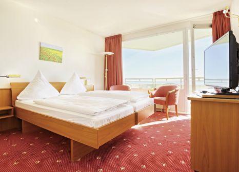Hotelzimmer mit Yoga im Ostsee Resort Damp