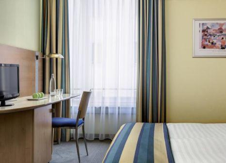 Hotelzimmer mit Restaurant im InterCityHotel Düsseldorf