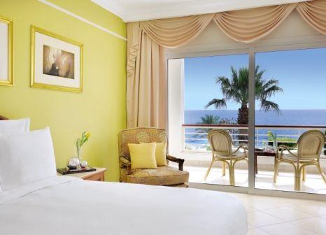 Hotelzimmer mit Volleyball im Renaissance Sharm El Sheikh Golden View Beach Resort