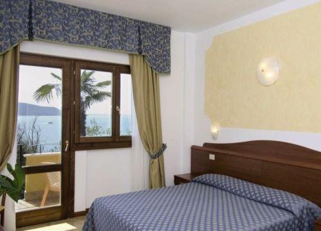 Hotelzimmer mit Tischtennis im Hotel Piccolo Paradiso