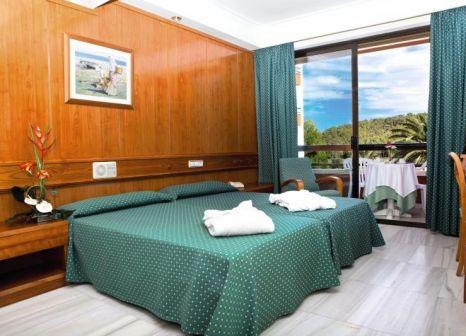 Hotelzimmer mit Mountainbike im HSM Madrigal